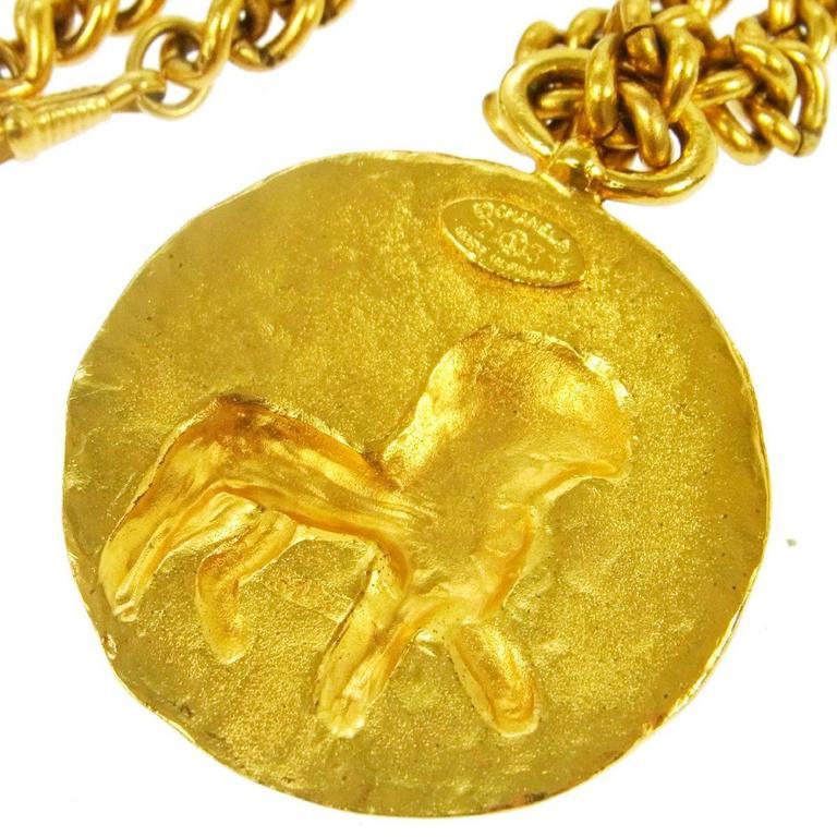 Chanel Vintage Gold Leo Lion Round Coin Charm Pendant Link