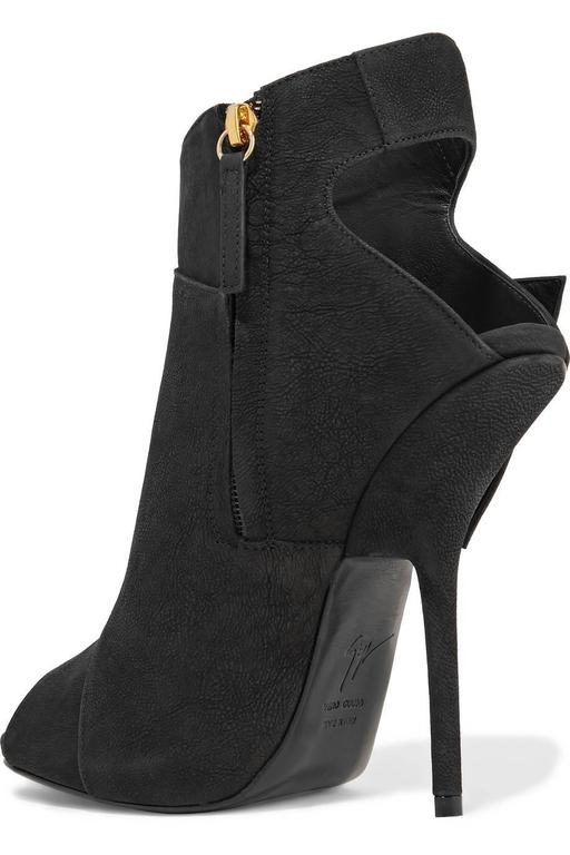 Giuseppe Zanotti NEW & SOLD OUT Black Leather Gold Buckle Ankle Booties in Box 3