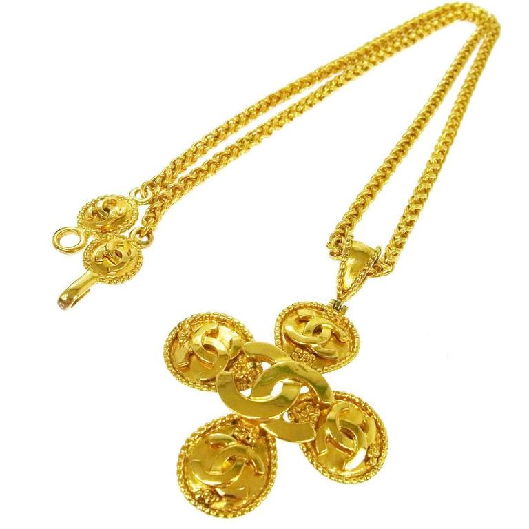 Chanel Vintage Gold Chain Link Multi Charm Medallion Evening Pendant Necklace  1