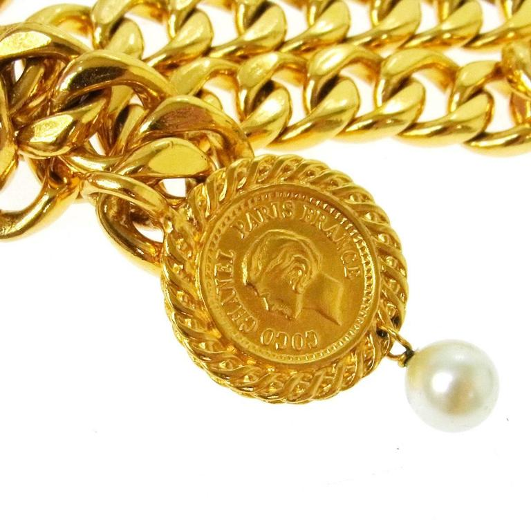 Chanel Vintage Gold Double Link Pearl Coin Medallion Choker Necklace  3