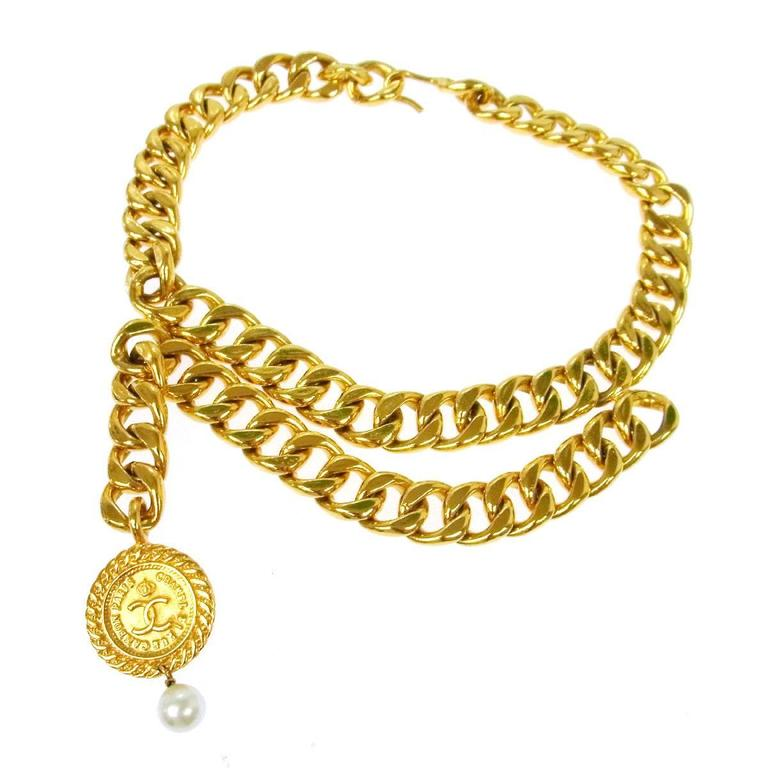 Chanel Vintage Gold Double Link Pearl Coin Medallion Choker Necklace  1