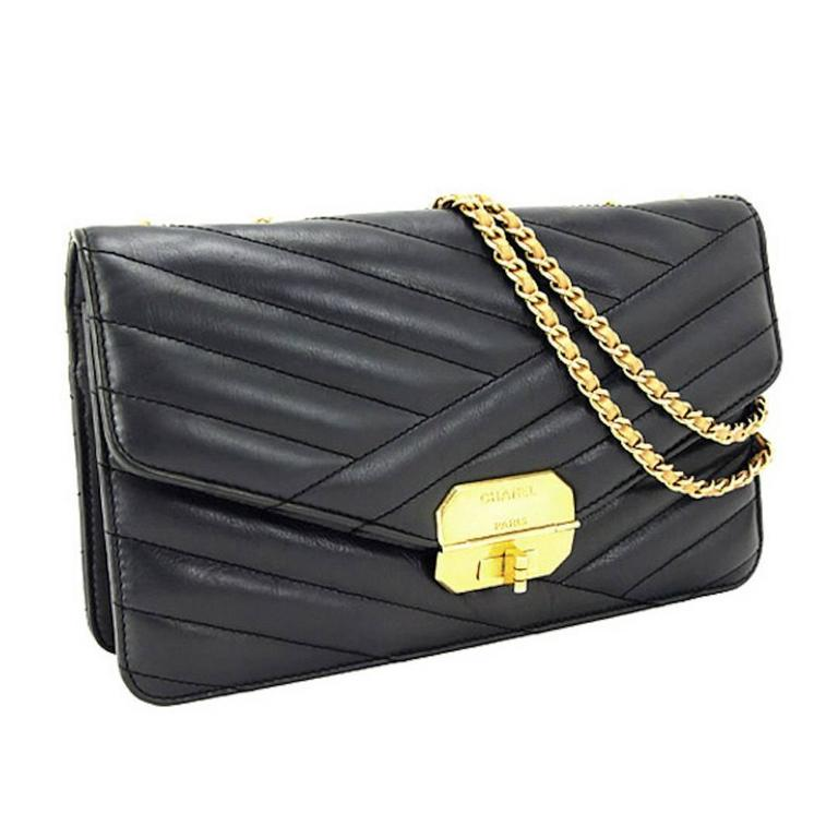 Chanel Black Chevron Lambskin Flap Bag With Accessories