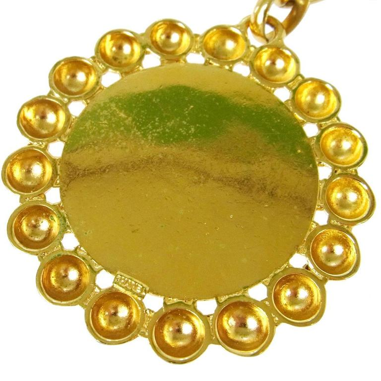 Chanel Vintage Gold Large Round Coin Charm Rue Cambon Pendant Evening Necklace In Excellent Condition In Chicago, IL