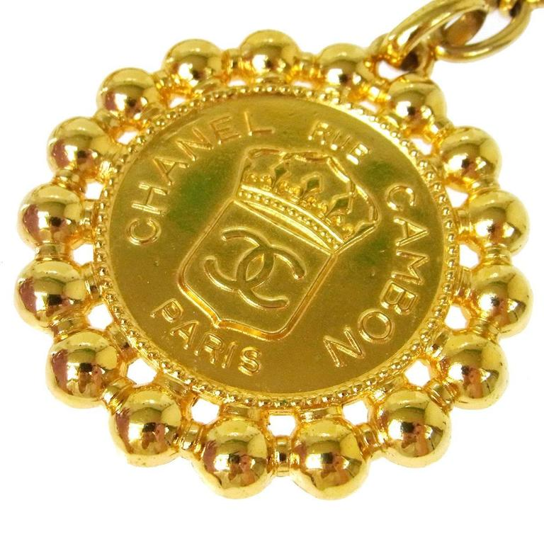 Chanel Vintage Gold Large Round Coin Charm Rue Cambon Pendant Evening Necklace  Metal Gold tone Lobster claw closure Charm diameter 3