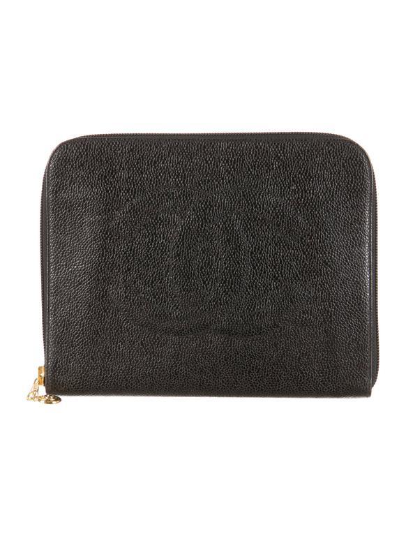 chanel black caviar leather zip around men women carryall