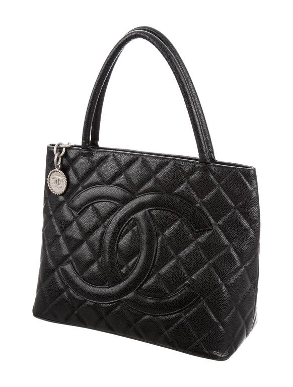 Chanel Black Caviar Silver Carryall Classic Evening Top Handle Tote Bag In Good Condition For Sale In Chicago, IL