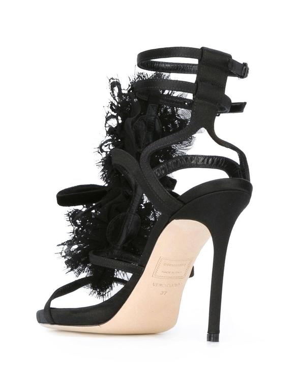 aaf3a97350327 DSQUARED2 NEW and SOLD OUT Black Stone Pearl Evening Heels .