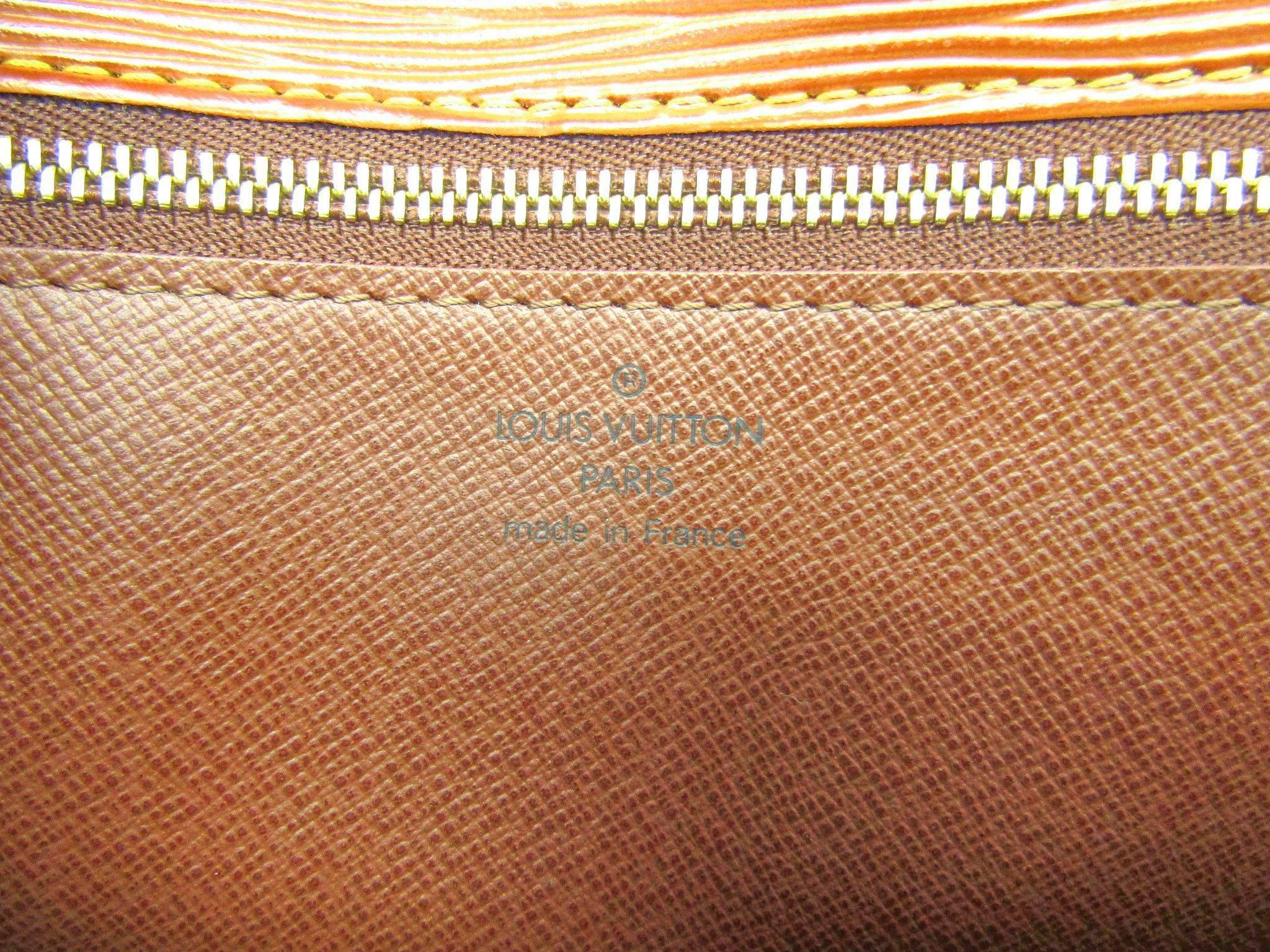 942ae8e41c80 Louis Vuitton Cognac Epi Gold Envelope Wristlet Evening Flap Clutch Bag For  Sale at 1stdibs
