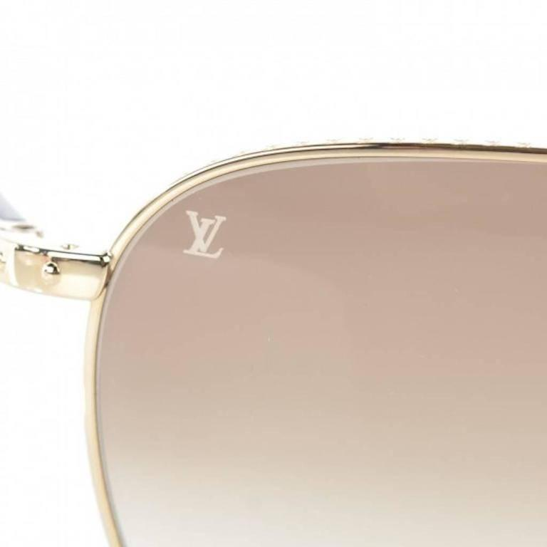 327edd8a510 Louis Vuitton Gold Tortoise Men s Women s Unisex Aviator Sunglasses W Case    Box Metal Gold
