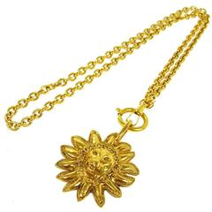 Chanel Vintage Gold Lion Head Medallion Chain Charm Necklace