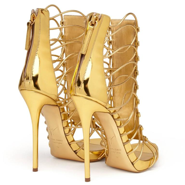 Women's Giuseppe Zanotti New Gold Leather Gladiator Sandals Heels in Box For Sale