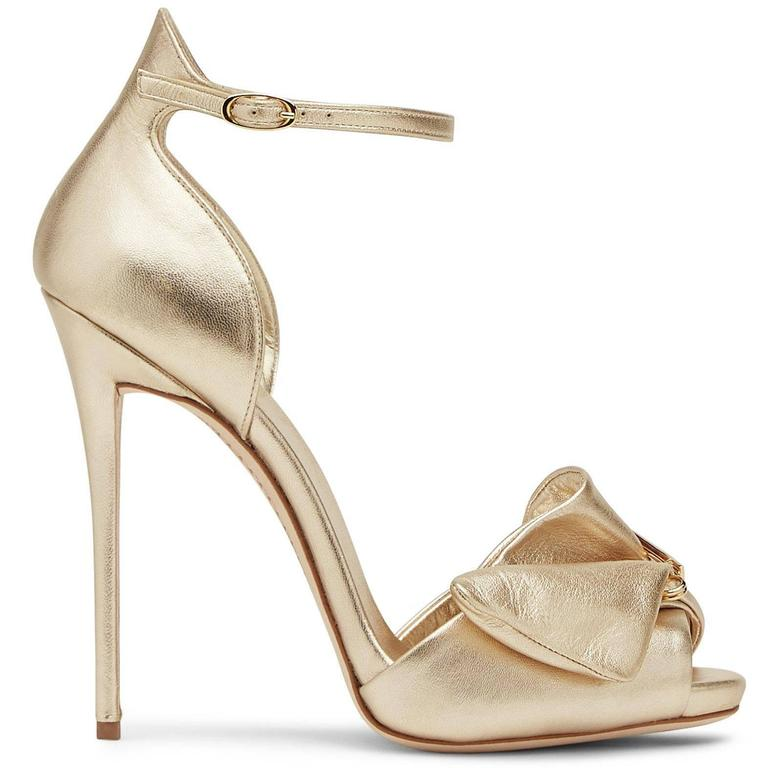 Women's Giuseppe Zanotti New Gold Leather Bow Crystal Brooch Evening Sandals Heels Box For Sale