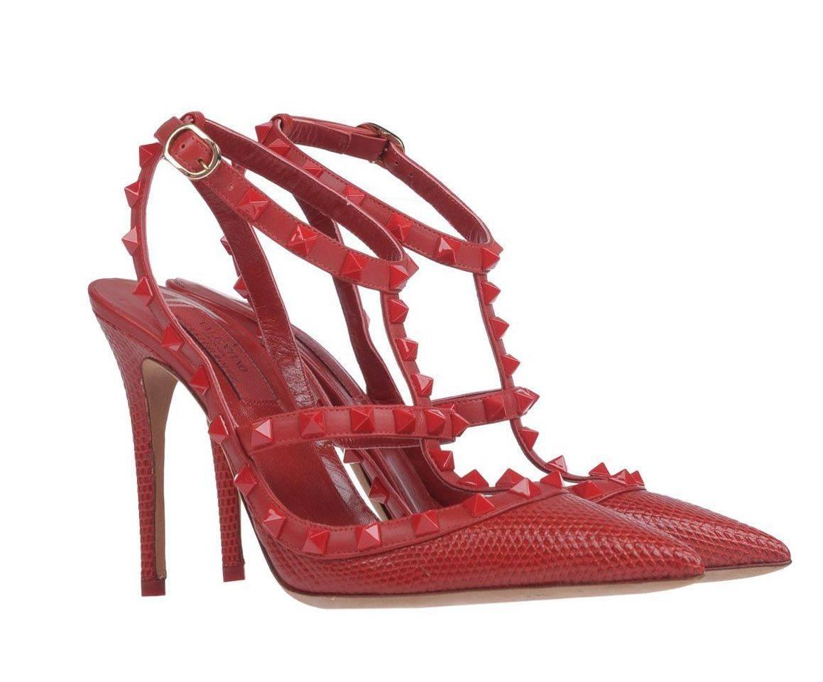 3cec264e3c6a Valentino New Sold Out Red Crocodile Print Leather Rockstud Heels Pumps in  Box at 1stdibs