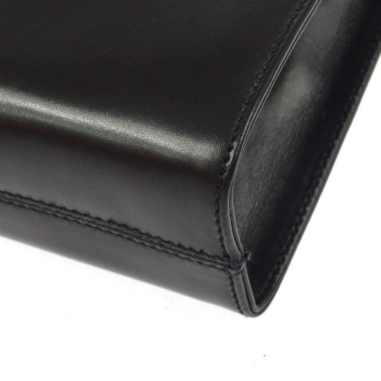 Salvatore Ferragamo Black Leather Envelope 2 in 1 Clutch Flap Shoulder Bag For Sale 2