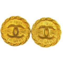 Chanel Vintage Gold Textured Charm Chain Evening Stud Earrings