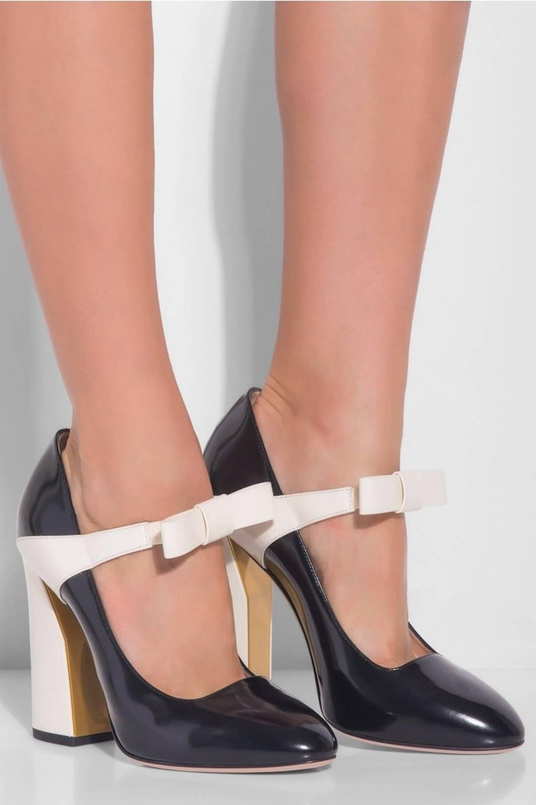 gucci new sold out black ivory colorblock high heels pumps in box at 1stdibs. Black Bedroom Furniture Sets. Home Design Ideas