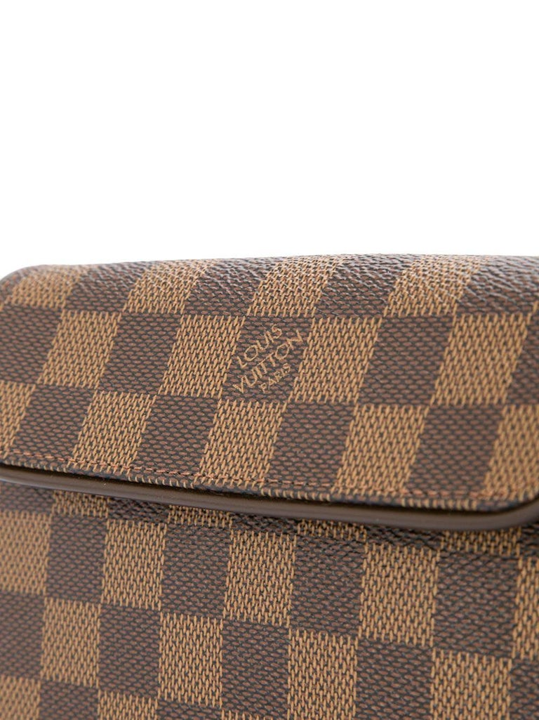 Louis Vuitton Brown Damier Men's Women's Fanny Pack Waist Bag In Excellent Condition For Sale In Chicago, IL