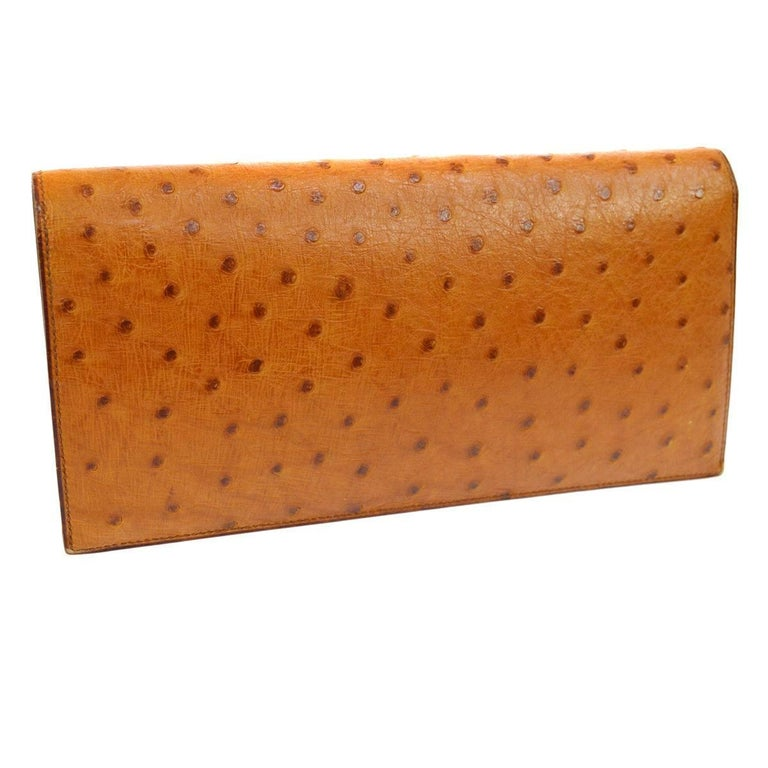 Hermes Vintage Cognac Ostrich Leather Envelope Evening Clutch Flap Bag In Excellent Condition For Sale In Chicago, IL