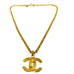 Chanel Vintage GOLD Large Charm Chain Link Evening Pendant Necklace