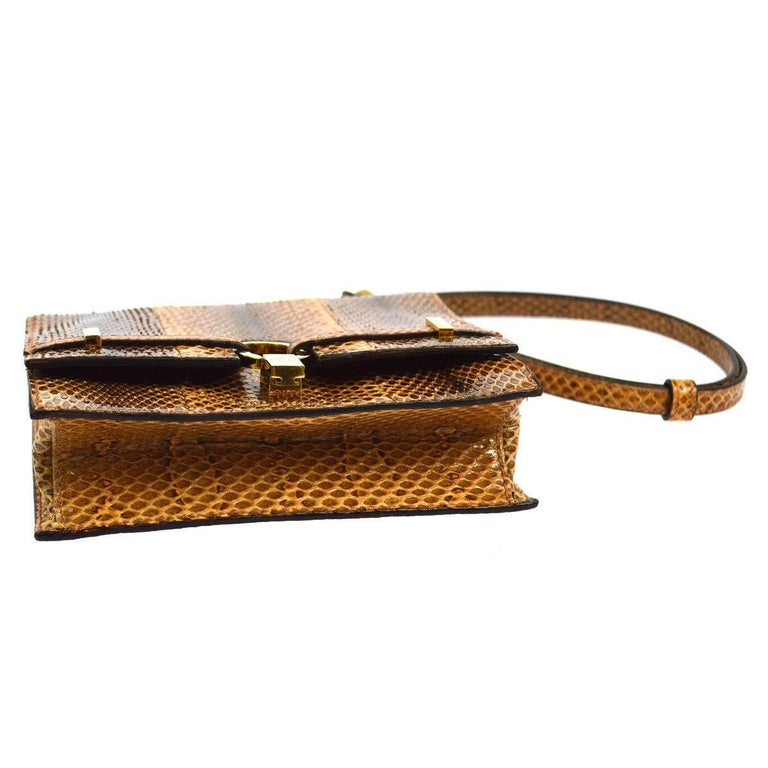 Gucci Cognac Brown Snakeskin Saddle Top Handle Evening Flap Shoulder Bag In Good Condition For Sale In Chicago, IL