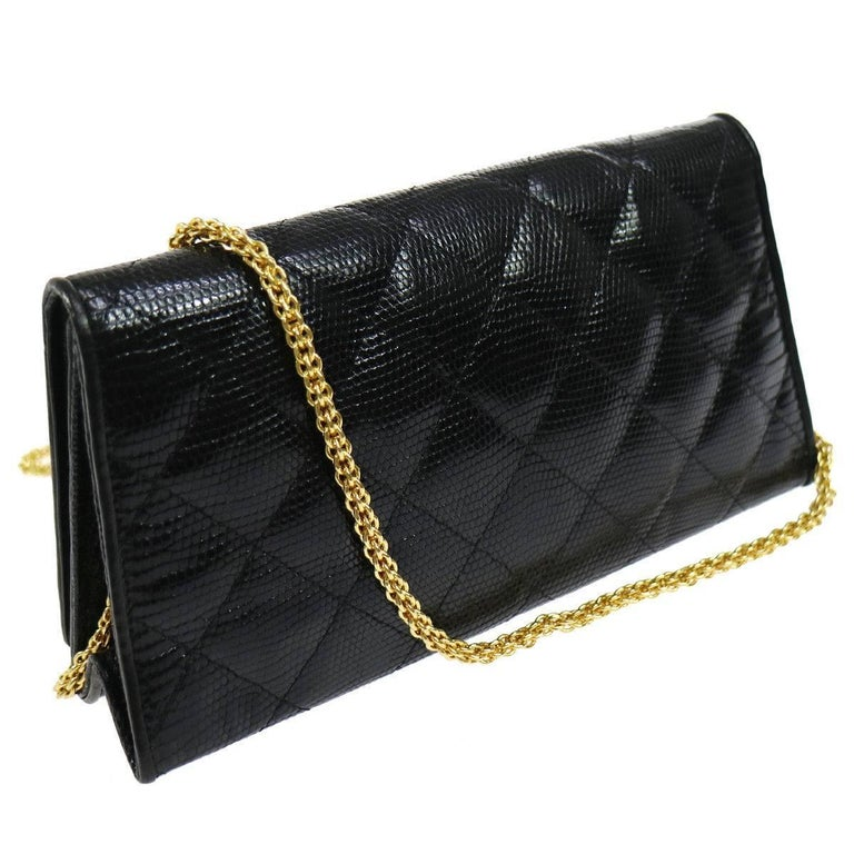Chanel Black Lizard Leather Gold Chain 2 in 1 Clutch Flap Evening Shoulder Bag In Excellent Condition For Sale In Chicago, IL