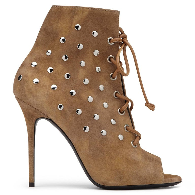 Brown Giuseppe Zanotti New Cognac Suede Stud Ankle Booties W/Box For Sale