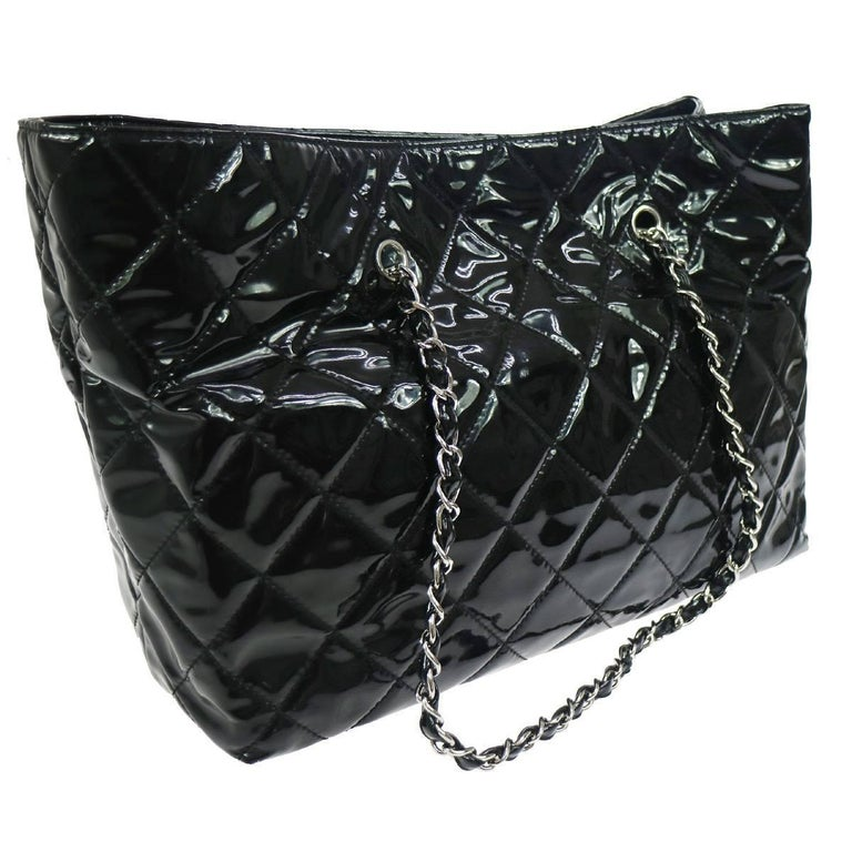 Chanel Black Patent Silver Large Carryall Travel Shopper Bag In Excellent Condition For Sale In Chicago, IL