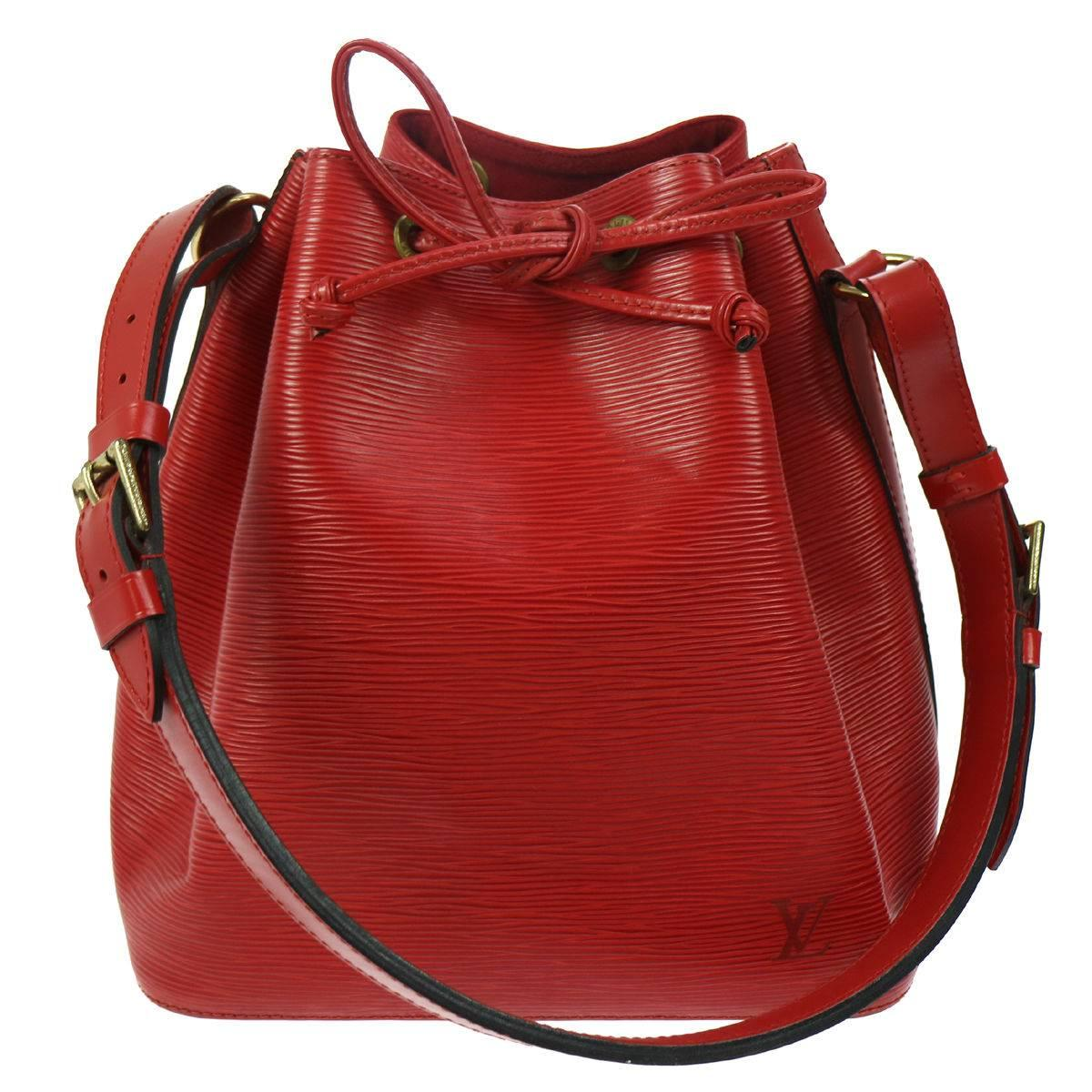 Louis Vuitton Red Leather Drawstring Bucket Hobo Tote Shoulder Bag UwIAJY