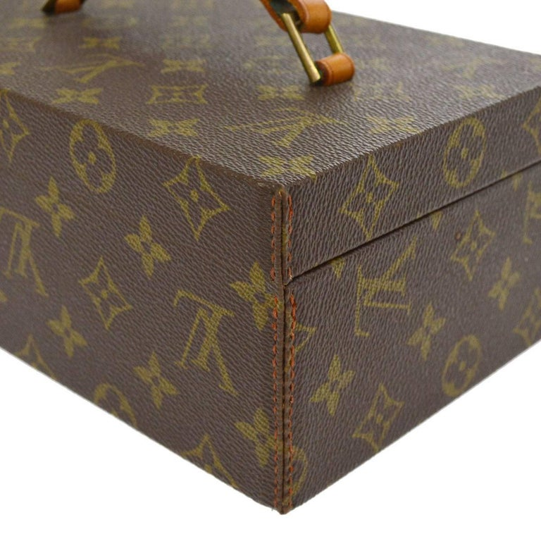 Louis Vuitton Monogram Top Handle Men's Jewelry Travel Storage Case With Keys In Good Condition For Sale In Chicago, IL