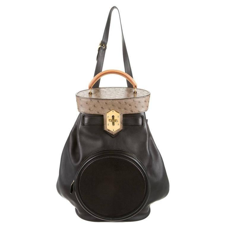 Hermes Ostrich Leather Black Men's Hardware Top Handle Bucket Shoulder Bag