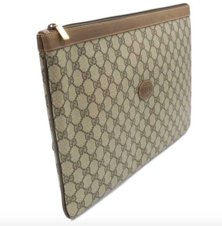 Gucci Monogram GG Men's Portfolio Travel iPad Laptop Travel Envelope Clutch Bag In Excellent Condition For Sale In Chicago, IL