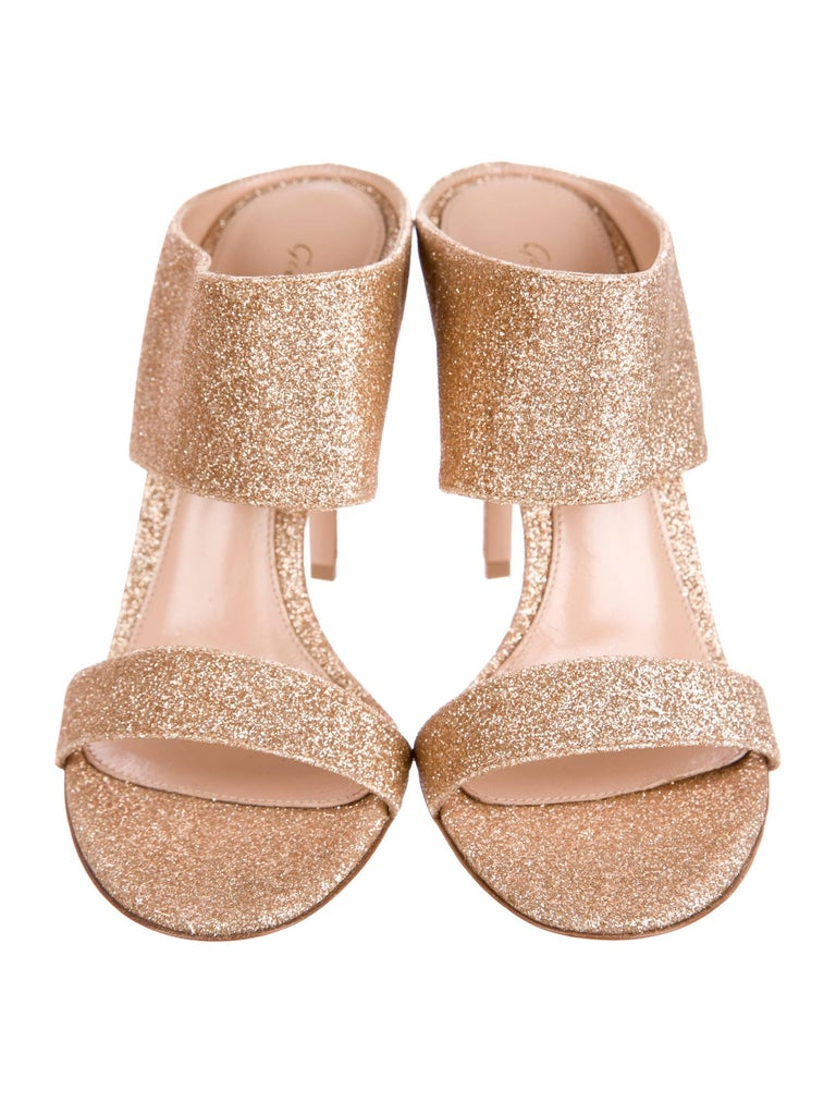 d3420c7725 Gianvito Rossi New Gold Metallic Mules Evening Sandals Heels in Box In New  Condition For Sale