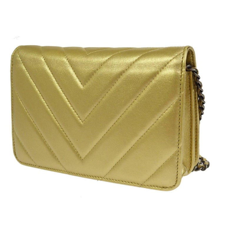 Women's Chanel Gold Leather Chevron Wallet on Chain Clutch Evening Shoulder Flap Bag For Sale