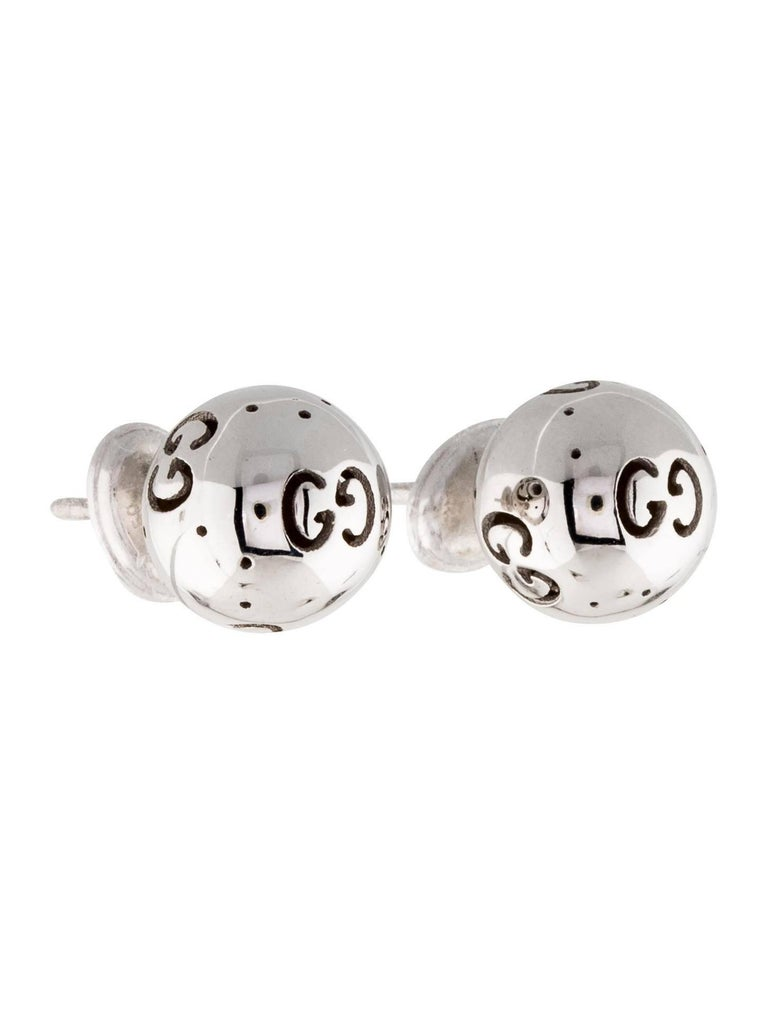 Gucci 18k White Gold Black Gg Logo Charm Ball Stud Earrings In Box