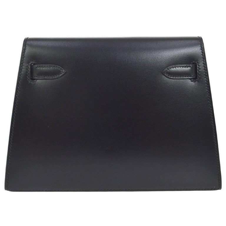 Hermes Black Leather Palladium Evening Envelope Clutch Bag In Excellent Condition For Sale In Chicago, IL
