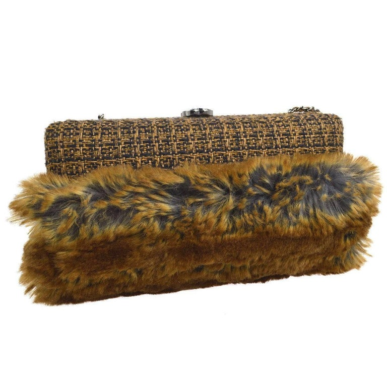 Chanel Cognac Brown Tweed Fur Envelope 2 in 1 Evening Chain Clutch Shoulder Bag In Excellent Condition For Sale In Chicago, IL