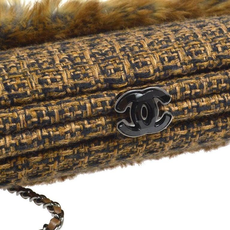Chanel Cognac Brown Tweed Fur Envelope 2 in 1 Evening Chain Clutch Shoulder Bag  Tweed Fur Leather Gun metal hardware Kisslock closure Date code present Made in Italy Shoulder strap drop 22