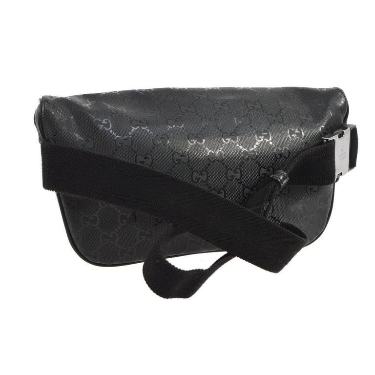 Gucci Black Leather GG Logo Men's / Women's Fanny Pack Waist Bag In Good Condition For Sale In Chicago, IL
