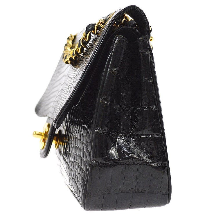 Women's or Men's Chanel Black Crocodile Leather Gold Turnlock Evening Clutch Flap Shoulder Bag For Sale