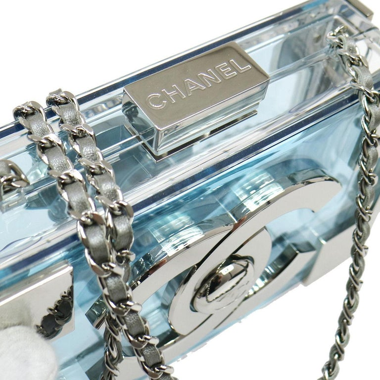 Chanel LIKE NEW Rare Plexiglass Baby Blue Lego 2 in 1 Clutch Shoulder Bag in Box In Excellent Condition For Sale In Chicago, IL