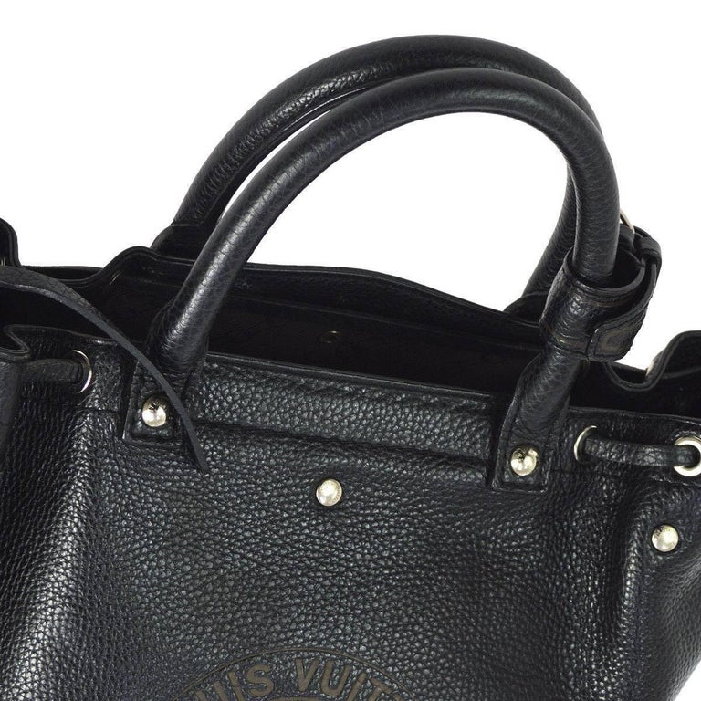 Louis Vuitton Black Leather Men's Carryall Travel Top Handle Satchel Tote Bag  Leather Gold tone hardware Date code present Made in France Handle drop 4