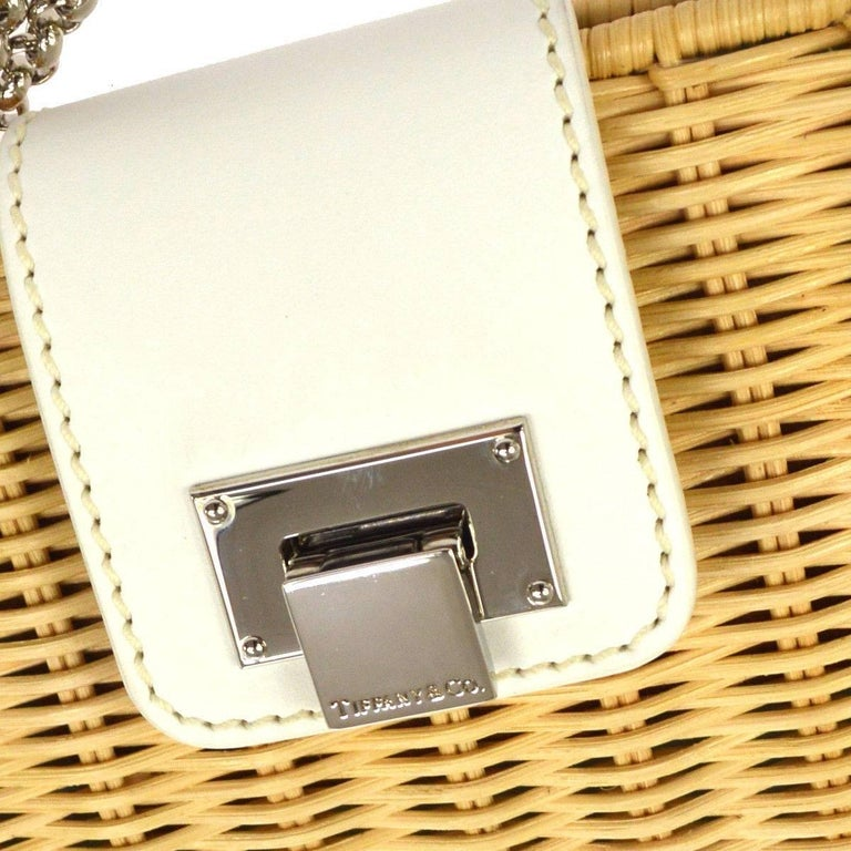 Tiffany & Co. Tan Wicker Leather Lunch Evening 2 in 1 Clutch Shoulder Bag in Box   Wicker Leather  Silver tone hardware Made in Italy Shoulder strap drop 15