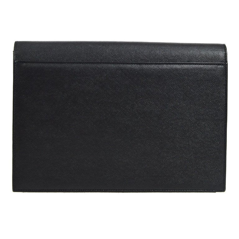 YSL Yves Saint Laurent Black Leather Envelope Evening Flap Clutch Bag In Excellent Condition In Chicago, IL