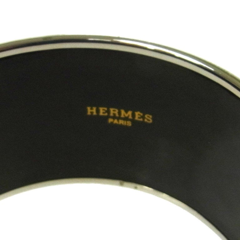 Hermes Paris Sellier Horse Motif Wide Gold Evening Cuff Bracelet  In Excellent Condition In Chicago, IL