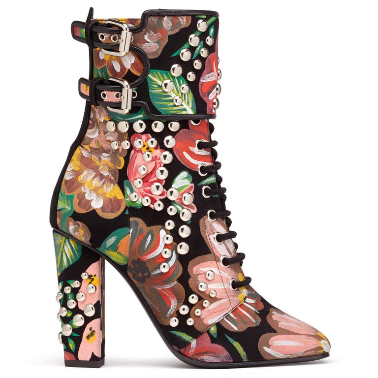 Giuseppe Zanotti Hand Painted Floral Leather Chunky Block Heel Boots  In New Condition For Sale In Chicago, IL
