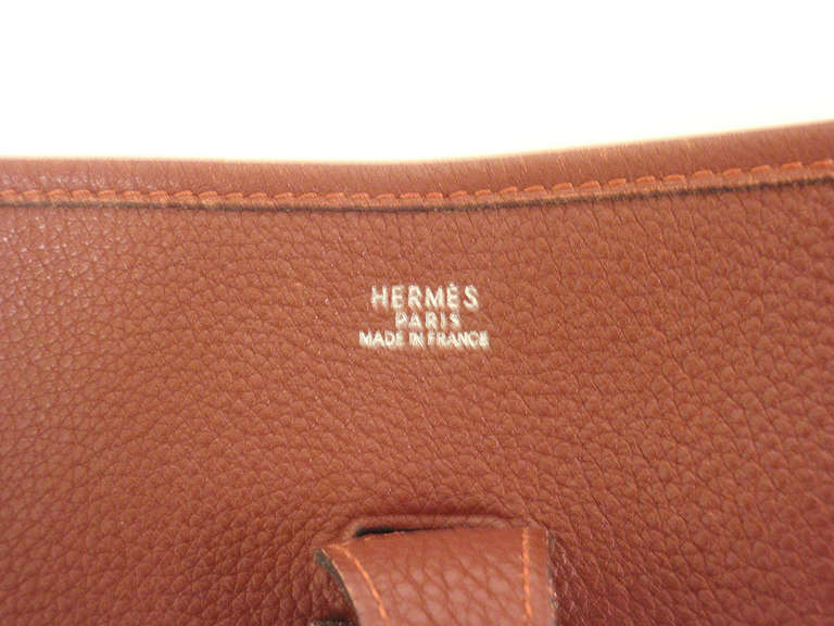 Hermes Evelyne PM burgundy wine leather SHW shoulder bag, 2001 For Sale 1