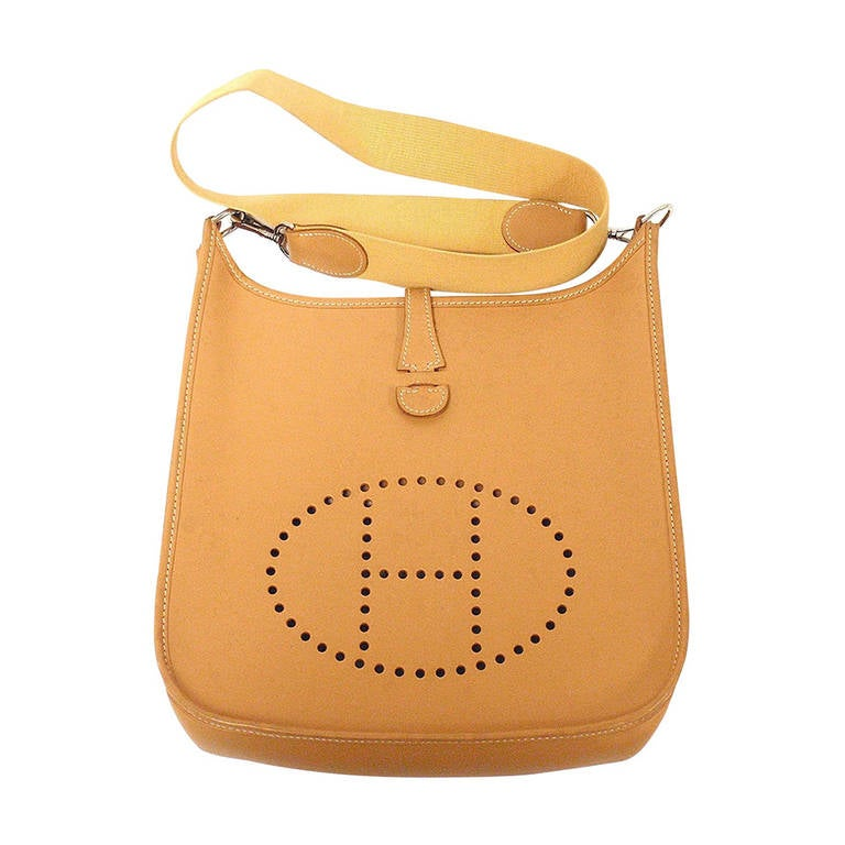 HERMES Evelyne PM Natural Light Barenia Leather SHW Shoulder Bag, 2000