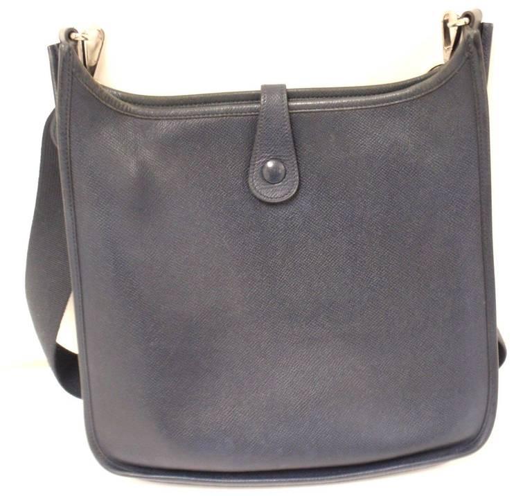 Gray HERMES Evelyne PM Navy Epsom Leather SHW Shoulder Bag, 2006 For Sale