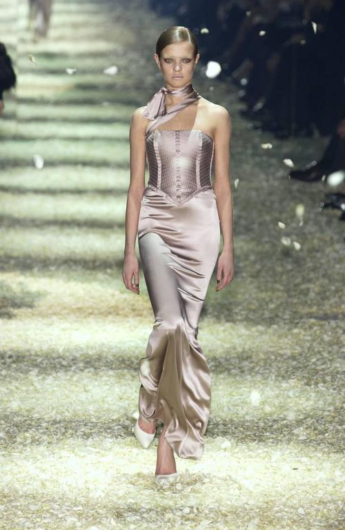 Tom Ford for Gucci Fall 2003 Champagne Silk Jersey Corset Gown size 38 4