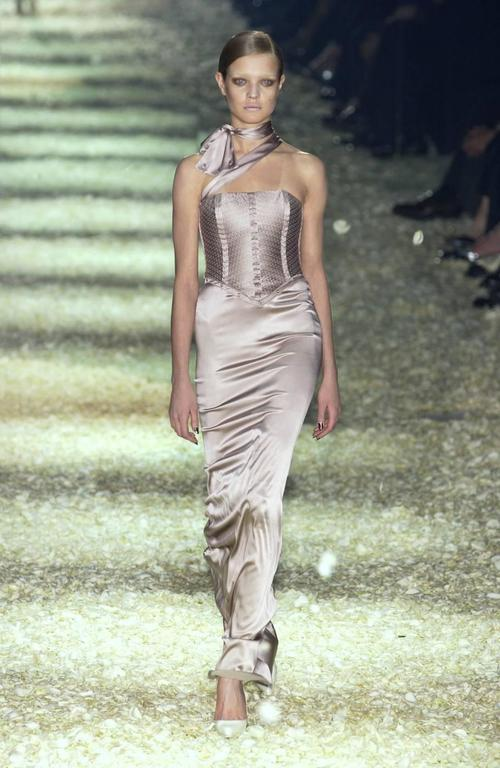 Tom Ford for Gucci Fall 2003 Champagne Silk Jersey Corset Gown size 38 6
